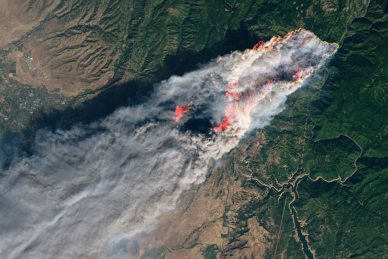 Aerial view of fire that destroyed Paradise, Calif., in November 2018