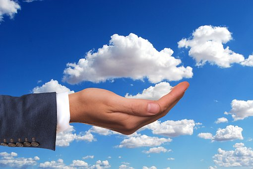 Evaluating cloud communications providers