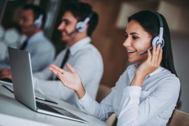 Contact center voice